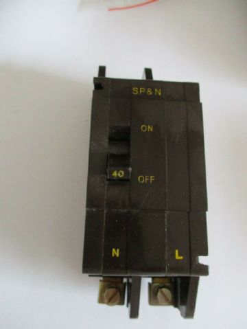 CRABTREE C50 40 AMP SP& N  MCB CIRCUIT BREAKER. 52/40